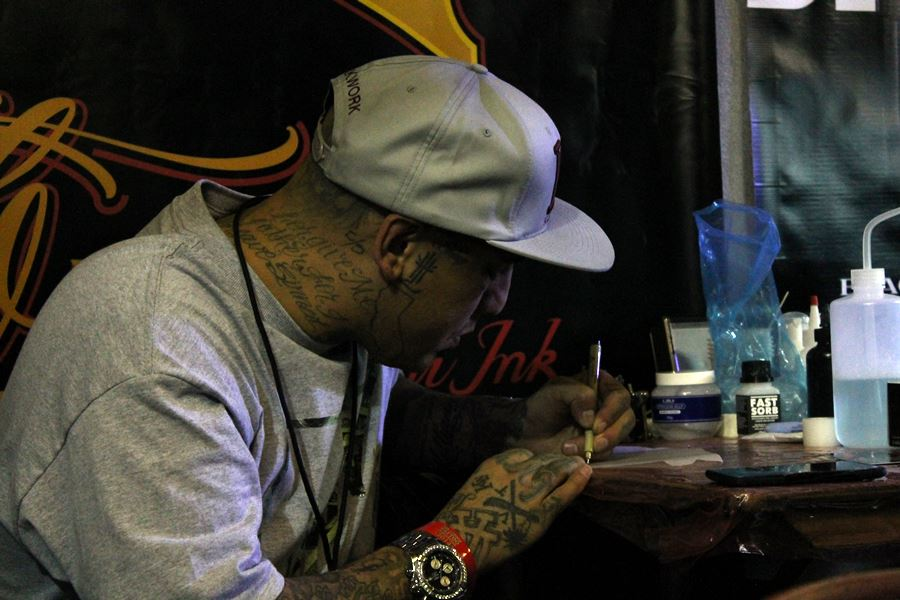 Tommy Montoya London Tattoo Convention 2014 Photo by Azaria Magazine