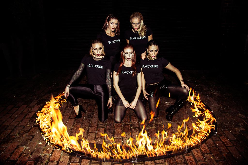 Blackfire Girls Photo by Haris Nukem