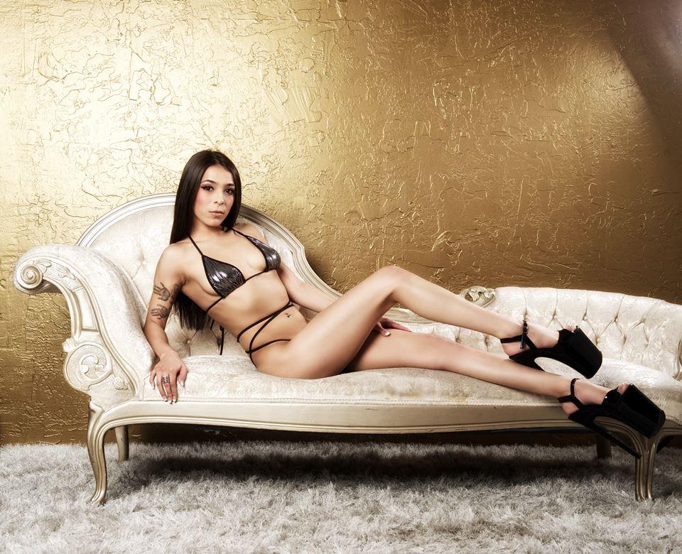 Brionna Rose Photo by Vixen Photography