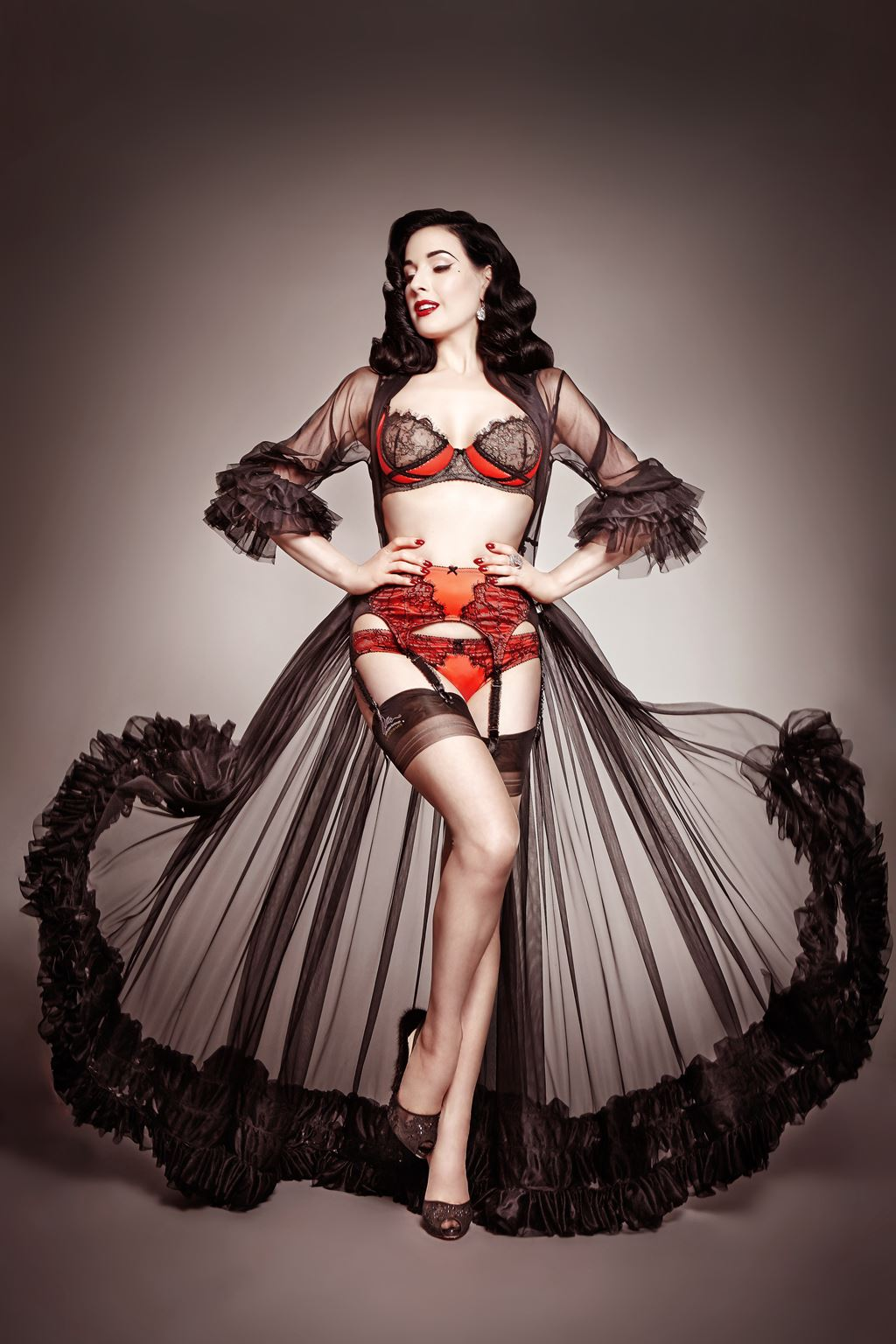 Dita Von Teese grew up fascinated by the Golden Age of ... Dita Von Teese