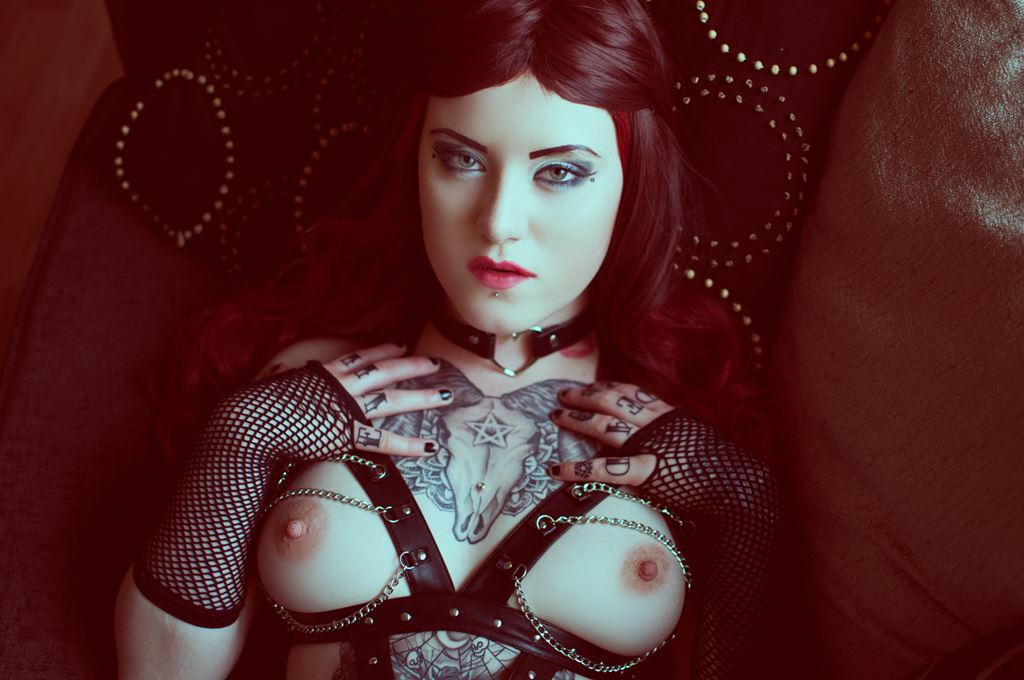 Kitty von Crypt Photo by Paulina Czochra Photography